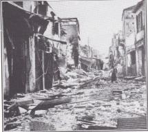Ο δρόμος με τα στιβανάδικα, μετά το βομβαρδισμό των Χανίων από τους Ναζί