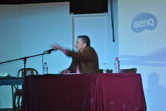 Γιώργος Ηλιάδης, μονόλογος. (Φωτογραφία: Βαγγελιώ Καρακατσάνη)